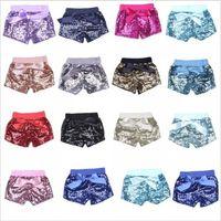 dans kostümleri pantolon toptan satış-Bebek Sequins Şort Yaz Glitter Pantolon Kız Bling Dans Parti Şort Sequins Kostüm Glow Ilmek Pantolon Moda Butik Şort B2250