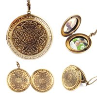 Vente en gros - Retro Woman Man Bronze Round Hollow Photo Cadre Locket Pendentif Collier Cadeau # 60402