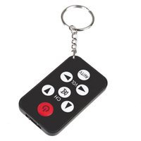 Vente en gros - Cheap Sale Universal Infrared IR Controller Mini téléviseur Smart Remote Control Keychain Porte-clés 7 Keys Button Wireless
