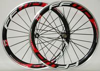 karbon jantlar, alaşım frenleme yüzeyi toptan satış-Ücretsiz kargo alaşım fren yüzeyi karbon jantlar 700C 50mm derinlik 23mm genişlik yol bisikleti kattığı tekerlek Novatec 271/372 hub ile
