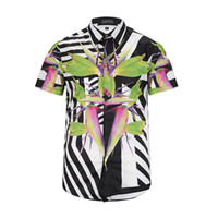 Wholesale 17The New summer new fashion Wave Of Men Floral Print Colour Mixture Luxury Casual Harajuku Shirts Short sleeve Men s Medusa Shirts M XL
