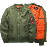 chaqueta de aire de motocicleta al por mayor-Freelee 2018 alta calidad Ma1 grueso y delgado ejército verde motocicleta militar Ma-1 chaqueta de vuelo piloto de la fuerza aérea hombres chaqueta de bombardero