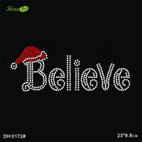 serbest ısı transferi tasarımları toptan satış-Ücretsiz kargo Noel Şapka Inanıyorum Mektuplar Toptan Rhinestone Isı Transferi Tasarım DIY DH0172 #