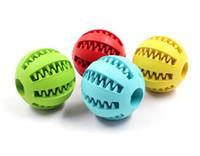 ingrosso sfera di illuminazione del giardino-Home Garden Pet Dog Toy Gomma palla giocattolo Funning Light Green ABS Pet giocattoli palla cane masticazione Giocattoli pulizia del dente Palle di cibo 4.8 cm