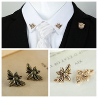 Wholesale Gold Bee Pin Brooch - Wholesale- 2PCS lot Vintage Personalized Honey Collar Pin Fashion Retro animal Bee Lapel Shirt Neck Pins brooch unisex Jewelry accessories