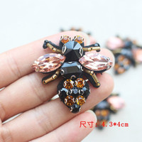 Wholesale Sew Rhinestones Patches - 1Pcs Rhinestone Bee Beaded Patch for Clothing Sewing on Beading Applique Clothes Shoes Bags Decoration Patch DIY Apparel