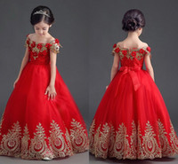 piso largo vestido adolescentes al por mayor-Elegantes vestidos de desfile de princesa roja para niñas Apliques fuera del hombro Hasta el suelo Vestido de fiesta Vestidos de gala para adolescentes Vestido de flores para niñas pequeñas