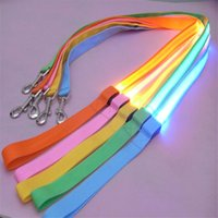 lead solide achat en gros de-Accueil Outdoor Evening Solid Nylon Colliers de base Pet LED Dog Leash Night Safety Button Battery LED Flashing