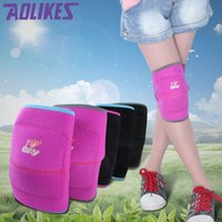 Vente en gros - Aolikes 1 Pair Kids Baby Ski Enfants Sports Kneepads Crawling Safety Dance Football Basketball Volleyball Knee Pads Support