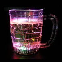 Atacado-Colorido Flashing LED Light Shots Cup Night Club Party Bar Drinking Beverage Whisky Copos de cerveja Cup Water React [1 pcs]