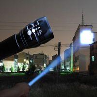 ultrafire cree e17 xml t6 taschenlampe großhandel-LED-Taschenlampe LED-Taschenlampe 2000LM Lanterna Tatica Torch Zoomable Taschenlampe Taschenlampe Fahrrad Light Camping