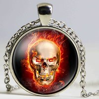 Iron Skull Head With Fire Skull King Imagem Glass Cabochon Necklace Unisex Vintage Handmade Pingente Jóias Amizade Gift