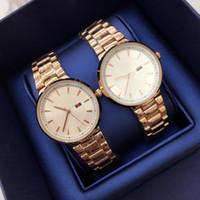 markenartikel großhandel-Heiße Einzelteile Uhren De Marca Mujer Art- und Weisefrauen-Uhr rosafarbenes Gold / silberne Luxuxarmbanduhr Quarz-Kleid Taktgeberneue polupar Geschenkuhren