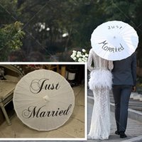 paintings photographs - Just Married Mr And Mrs Thank You Painted Wedding Umbrella White Color Folding Umbrella Decor For Wedding Photographs Photo Props Parasol