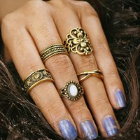 Retro Hollow Engraved Pattern Inlaid Gem Combination Joint Ring Ring Ring Ring Hip Hop Vintage Jewelry 5Piece / set Midi Rings Girl Fashion
