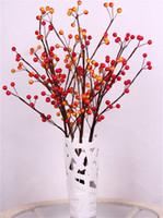 ingrosso steli artificiali bacche rosse-Nuovo arrivo!!! (120pcs / lot) Spruzzo di bacca artificiale in steli floreali rossi, arancioni per la disposizione dei fiori Natale * Spedizione gratuita *