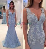 ingrosso vestiti di fishtail blu-Dusty Blue Lace Applique Mermaid Prom Dresses 2019 Modest Scollo a V elegante Slim Backless Fishtail Custom Make Bordare abiti da sera