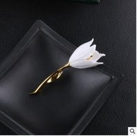 Wholesale Corsage Brooch Women - Golden tulip brooch Female coat corsage pin Chain scarves buckle two colors can choose for men and women shipping free