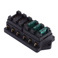 Compra Fusibile-Universale 12V 6 Way Circuito Automobile Auto Media Lama Fuse Block Block Box Block Holder 6 dentro e fuori scatola fusibile automatica del veicolo