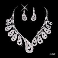 satılık elmas takı takı toptan satış-15042 Ucuz Sıcak Satış Bayan Gelin Düğün Pageant Rhinestone Kolye Küpe Takı Setleri için Parti Gelin Takı