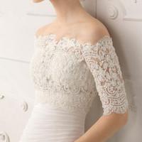 kapalı omuz düğün shrugs toptan satış-Sıcak Satış Omuz Kapalı Gelin Sarar Şal Düğün Bolero Ceket Custom Made Düğün Aksesuarları Düğün Dantel Shrug Ceket