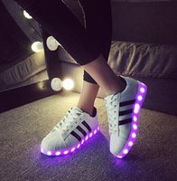 Wholesale Korean Women Trend - Spring and summer of Korean men's casual shoes luminous light shoes LED fluorescent trend of youth sports shoes student USB char size 34-44