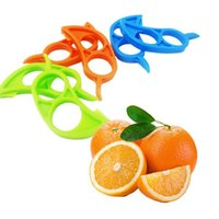 Wholesale Mouse Cutter - Cute Mouse Shape Lemons Orange Citrus Opener Peeler Remover Slicer Cutter Quickly Stripping Kitchen Tool Fruit Skin Remover Knife 001