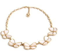 Wholesale Beautiful Shell Jewelry Wholesale - Natural Shell Butterfly Choker Necklace with Crystal And Gold Chain Beautiful Fashion Jewelry for Lady Free Shipping