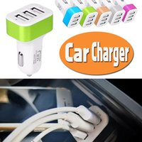 Cargador de coche universal Cargador USB Mini Traver Adaptador Car Plug 3 puertos USB para iPhone X 8 iPod iPad Samsung Nota 8 S8 Plus S7 S6 Edge