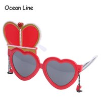 Wholesale Alice Wonderland Wedding - Alice In Wonderland Red Queen Costume Glasses Cosplay Heart Wedding Props Favors Festive Party Supplies Decoration Accessories