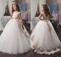 Wholesale Big Dresses For Girls - New Arrival 2017 Princess Ball Gown Flower Girls Dresses with Lace Appliques Big Bow Prom Wear For Kids Low Back First Communion Dresses