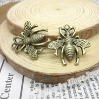 Atacado- 35 pcs Vintage Charms Bee Pingente Bronze Antique Fit Bracelets Colar DIY Metal Jóias Making