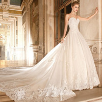 Wholesale Plus Size Sweetheart Wedding Dress - Robe De Soiree Church Lace Wedding Dresses 2017 New Sweetheart Beaded Applique Long Train Wedding Bridal Gowns Plus Size Bride Dress Online
