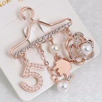 ingrosso numeri dei piedini-Numero di versione coreana 5 grucce di colore di alta qualità Spilla Perle in oro rosa placcato con fibbia