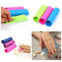 Wholesale Soft Silicone Tubes - Creative Silica Gel Garlics Peeled Tube Silicone Garlic Peeler Practical Soft Kitchen Cooking Tools Colorful Simple Operation 0 75hm CR