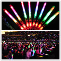 luz led de colores al por mayor-Multi colorido 3 modos LED parpadeante lámpara de luz nocturna Resplandor Varita Varitas + correa Cumpleaños Fiesta de Navidad festival Camp G082
