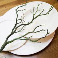 bäume für hochzeit dekor großhandel-Gefälschte Laub Kleine Zweige Natürliche Trockene PVC Manzanita Getrocknete Künstliche Pflanze Äste Grün Schwarz Zweig Für Hochzeitsdekor 4zg KK