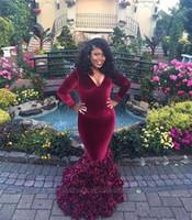 kadife gül çiçekleri toptan satış-2K17 Uzun Kollu Gelinlik Modelleri Bordo Kadife ile 3D Gül Çiçekler V Yaka Mermaid Seksi Artı Boyutu Durum Elbise Akşam Pageant Törenlerinde 2017