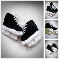 botas de ganchillo recién nacido al por mayor-Baby Hockey Skates Black Crochet Booties, Newborn Crochet Shoes, Infantil Booties, Baby Shoes, Botas para bebés, Baby shower regalo