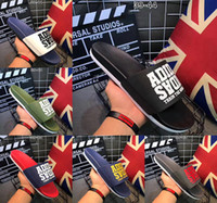 Wholesale Booties Shoes For Men - (With Box) Fashion Slide Sandals For Men shoes 2017 Hot Designer breathable Unisex Beach Flip Flops Slippers size 39-44 free shipping