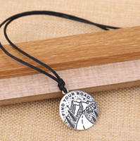 Wholesale Pendant Gold Findings - New Hot Round Plate Good Quality Fitness Zinc Alloy Antique Silver&Gold Floating Rope Catch Your Dreams To Find Your Road Pendant Necklaces