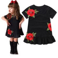prenses siyah elbise bebek kızları toptan satış-Bebek Kız giyim Çocuklar Prenses Elbiseler Çiçek Gül Parti Elbise Çocuk Giyim Yaz Siyah Elbise Toddler bebe elbise 1-6y
