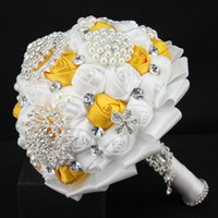 Wholesale Brooch Cheapest - New Handmade Brooches Shiny Crystal Wedding Holding Flowers Beads Rhinestones Bridesmaid Bridal Bride Bouquets 2017 New Cheapest Fashion