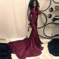 Sexy afrikanischen Burgunder Prom Kleider Nixe Long Sleeve Gold Appliques Kapelle Zug Formal Occasion Party Kleider Abend tragen Real Photo