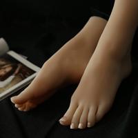 muñecas japonesas llenas de silicona al por mayor-Muñecas sexuales reales de la piel masturbación japonesa tamaño completo de la vida del silicón pies falsos modelo juguete fetiche del pie juguetes atractivos amor muñeca