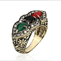 Wholesale Vintage Carved Jade - Vintage Resin Imitation a row Lined up 3 three red black Gem agate ring jade Emerald ring carving plant flower rings girl j385