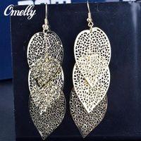 bijoux remplis d'or achat en gros de-Golden Leaf 18K Gold Filled Dangle Ear Earring Creux Out Party Bijoux de Mariage pour Lay Girls Prix Pas Cher
