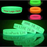 les bracelets en silicone brillent achat en gros de-200pcs / lot lueur dans le silicone bracelets bracelets / bracelet avec logo personnalisé / test imprimé ,, bracelets lumineux DHL LIVRAISON GRATUITE