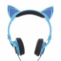 écouteur led pour mp3 achat en gros de-Casque d'écoute pliable chat clignotant oreille incandescent Cosply Casques Gaming Bandeau écouteur avec lumière LED pour téléphone portable PC ordinateur portable MP3