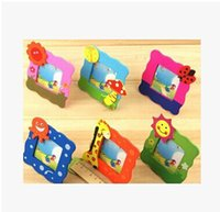 Wholesale- 20Pcs / Lot Kawaii Cartoon Cornici in legno con adesivo di piccole dimensioni Mini Colorful Picture Holder Baby Shower Bomboniere